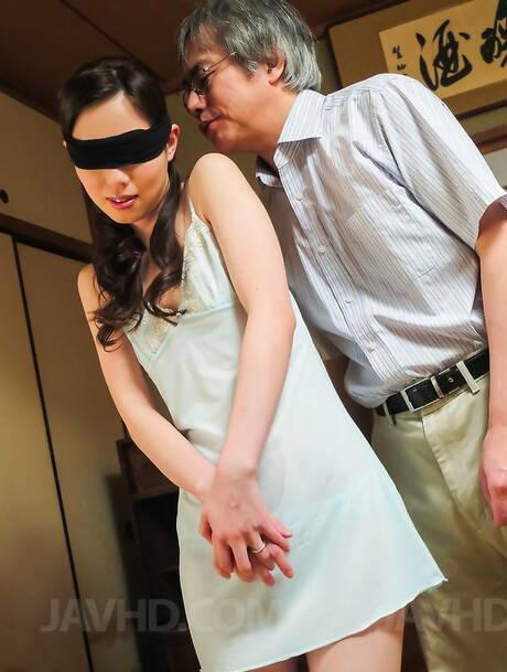 Blindfold Japanese Pics